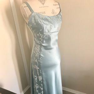 Faviana Seafoam Powder Blue Formal Dress Sz 7/8